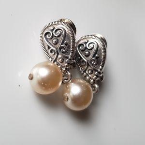 NWT Antique Silver Pearl Drop Earrings Vintage